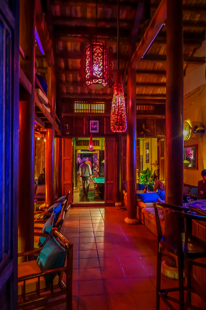 Dive Bar, Hoi An, lounge section
