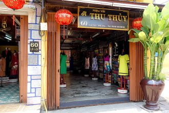 Thu Thuy Silk, Tailor, Hoi An, Dresses, Suits, Shirts, Fabric, Garments, Bespoke, Made-to-Measure, Clothing, Fabric